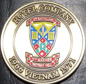 The second reunion saw the presentation of the Hotel Company coin. A tradition that now continues at each reunion.